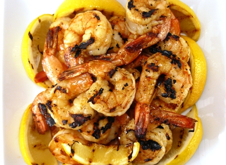 grilled shrimp with piri-piri sauce